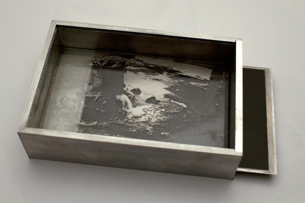 Guillaume Krattinger, Petite Epiphanie, 2014, boite en aluminium et ambrotype, 16 x 11 x 4 cm