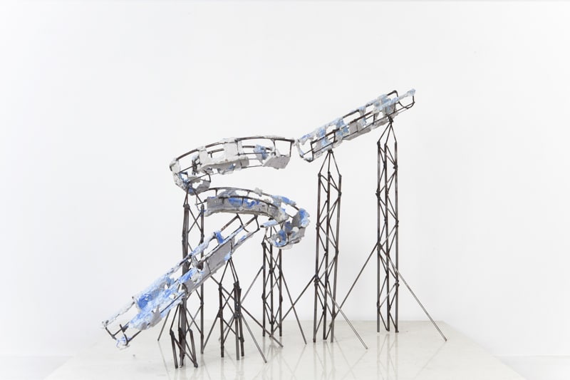 Boris Chouvellon, Last Splash, 2014, métal et béton peint, 50 x 40 x 40 cm
