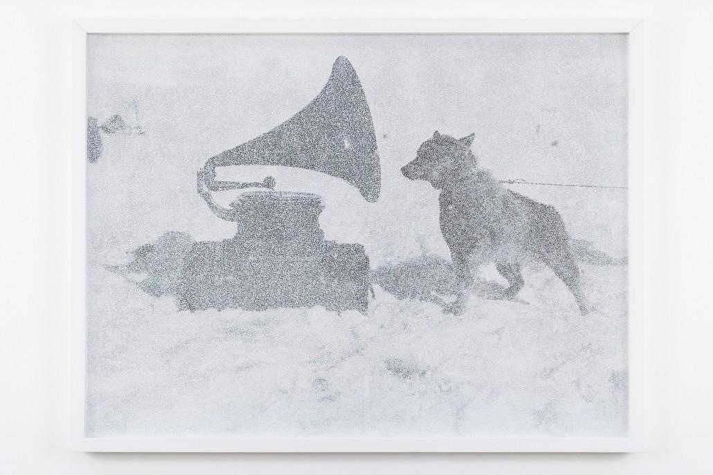 Giulia Manset, Gramophone, 2016, feutre sur photographie ,83 x 63cm