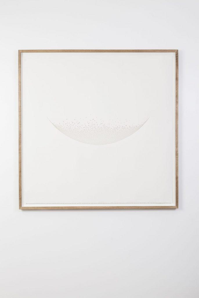 Claire de Santa Coloma, Concave, 2017, papier arches 300 g découpé, 122,5 x 122, 5 cm encadré