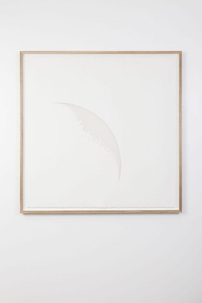 Claire de Santa Coloma, Convexe, 2017, papier arches 300 g découpé, 122,5 x 122,5 cm encadré